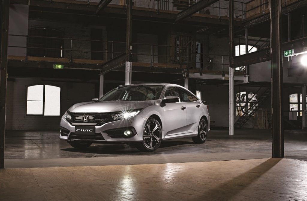 civic-rs-turbo-lunar-silver-front-warehouse