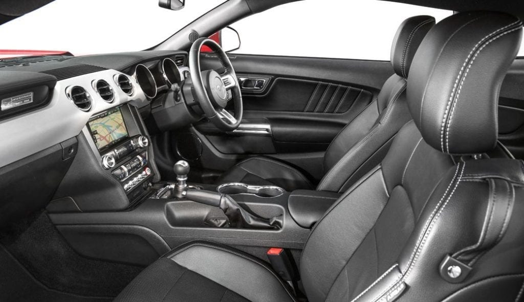 ford-mustang-interior