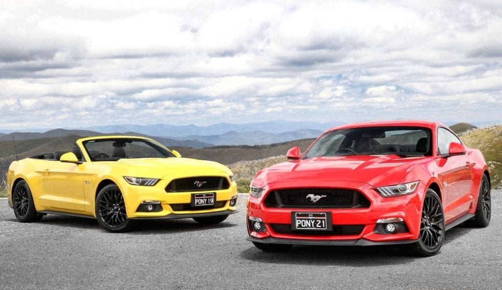 ford-mustang-two-red-yellow