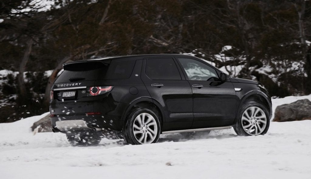 land-rover-discovery-sport-sd4-hse-side