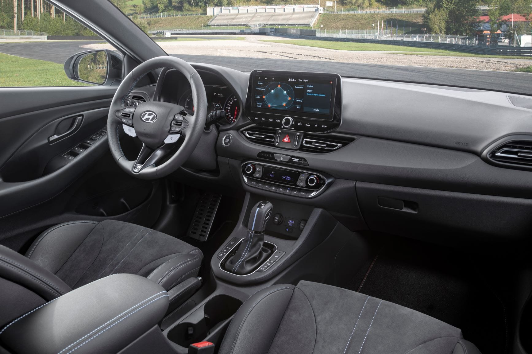The interior of the Hyundai i30 N with the dual clutch gear shifter.