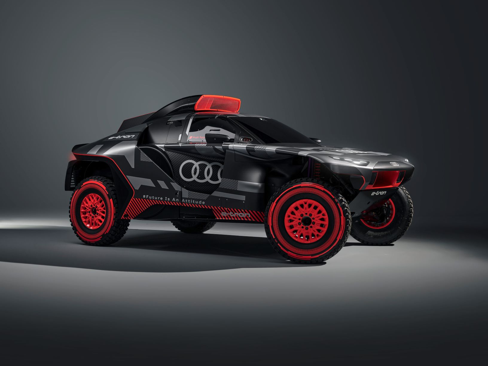Front view of Audi's RS Q e-tron