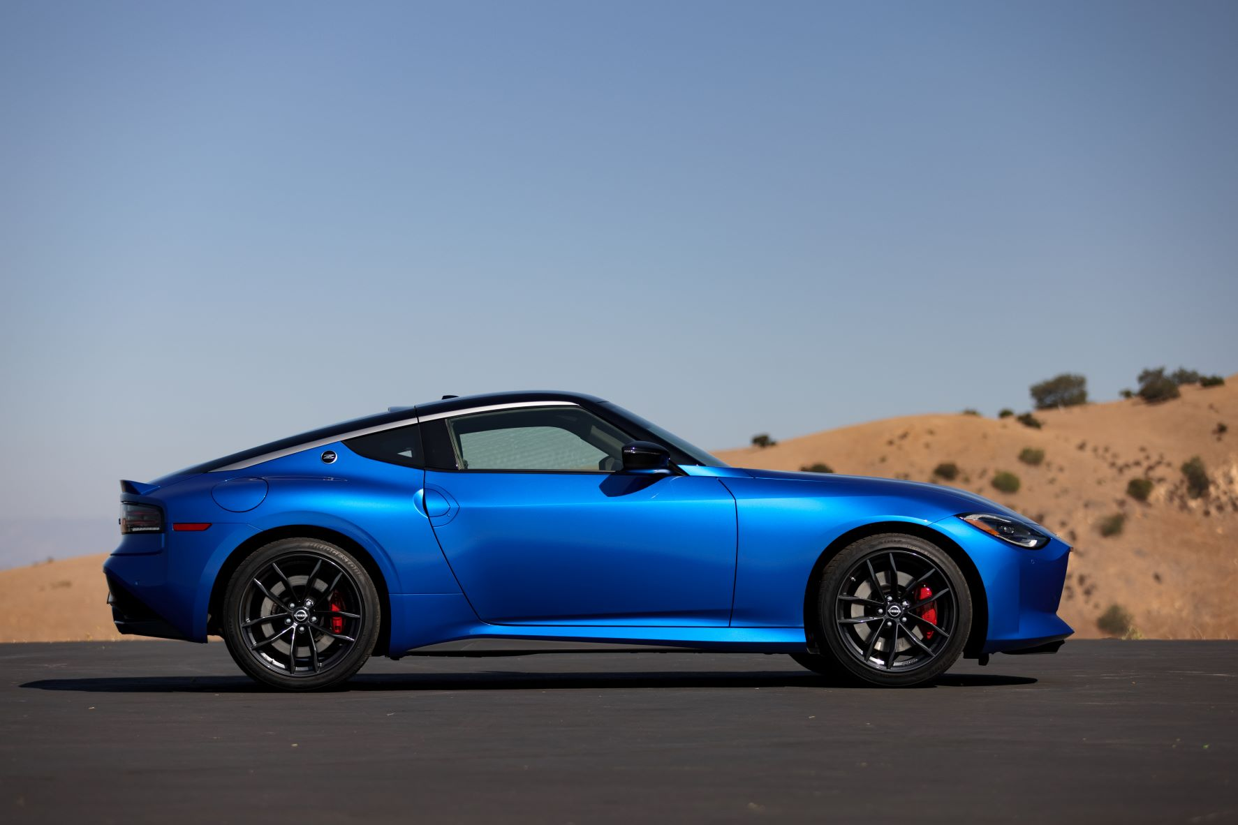 Side view of the 2023 Nissan Z