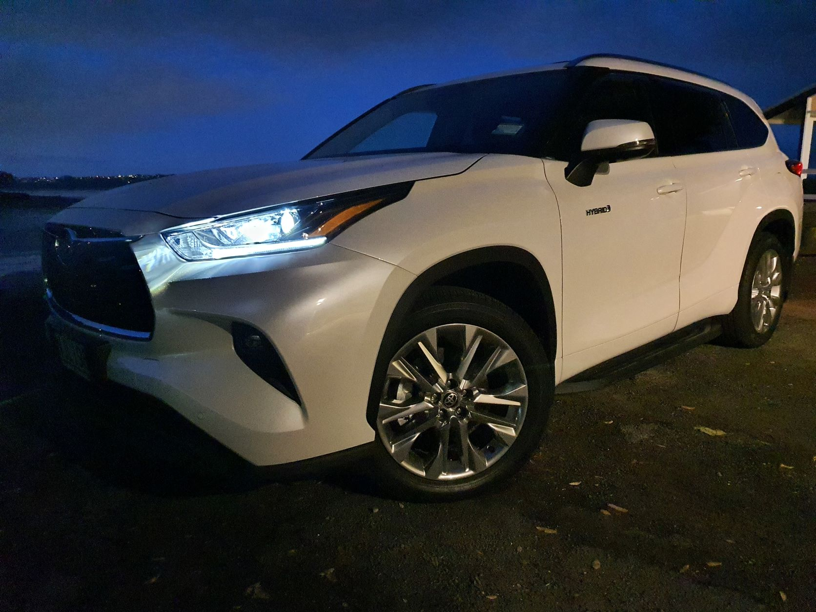 Close-up of the front of 2021 Toyota Highlander Limited ZR Hybrid